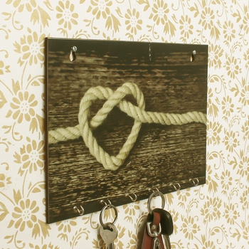 Heart made of Rope Theme Wooden Key Holder with 6 Hooks