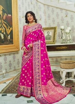 Magenta woven paithani silk saree with blouse