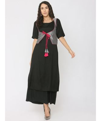 black plain rayon kurta-sets