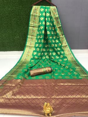 green woven Pari Banarasi Silk Saree With Attached Blouse