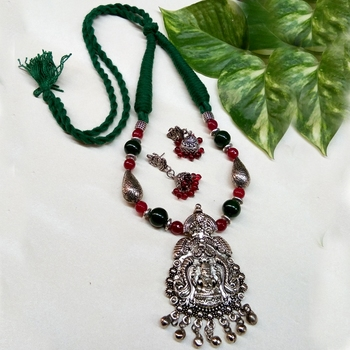 Maroon agate necklaces