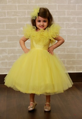 Yellow plain net kids-frocks