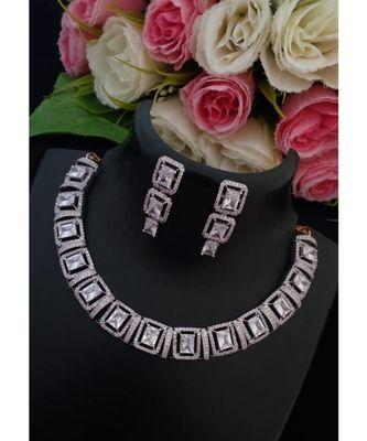 Lovely Designer Platinum Finish American Diamond Necklace with Matching Ear Rings