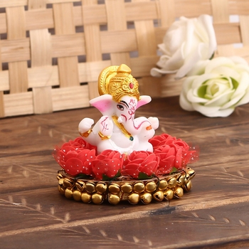 Lord Ganesha idol on Decorative Plate for Car and Home