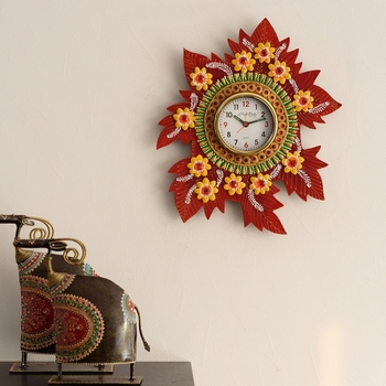 Leaf Shape Artistic Papier-Mache Wooden Handcrafted Wall Clock