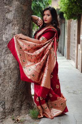 red woven Banglori raw silk weaving saree with blouse