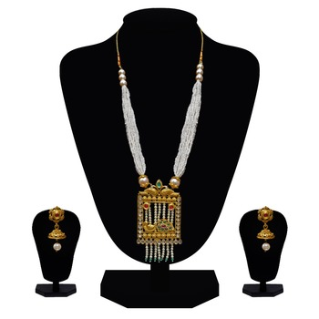Elegant pearl necklace set with jhumki