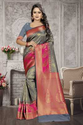 Grey Woven Kanchipuram Silk Saree With Blouse