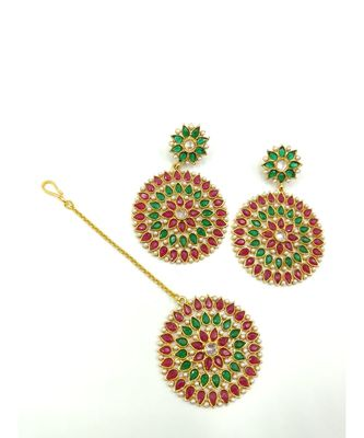 red and green stone Earrings with mangtikka