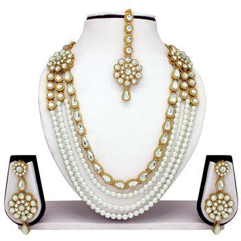White diamond jewellery