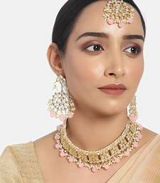 I Jewels Gold Plated Traditional Kundan Choker Jewellery Set with Earrings & Maang Tikka For Women (K7069Pi)