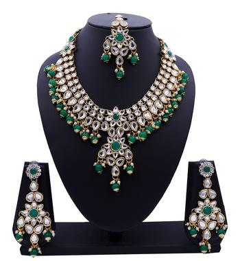 Lalso Designer Kundan Stone Green Drops Antique Gold Link Necklace Earring Maangtikka Jewelry Set - LLKNS04_GR