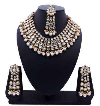 Lalso Designer Kundan Stone White Drops Antique Gold Link Necklace Earring Maangtikka Jewelry Set - LLKNS06_WT