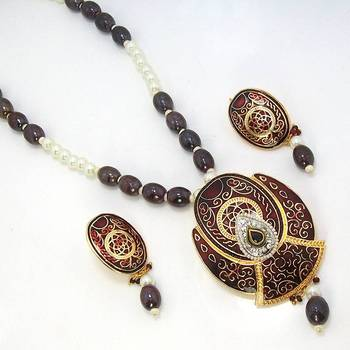 Meenakari Crown Solid Color Necklace Metallic Brown