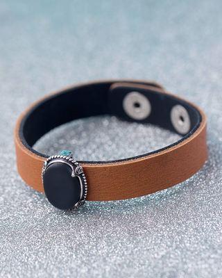 Black Oval Pendant Milestone Bracelet