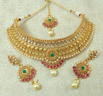 Lalso Designer Kundan Stone Multicolour Gold Plated Bridal Choker Necklace Earring Maangtikka Jewelry Set-LCN31_MG