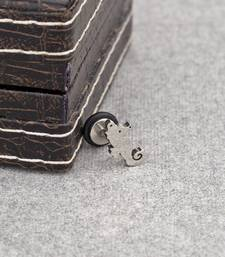 Seahorse Stud from the Stud Out Collection