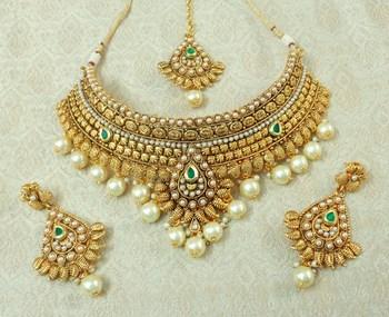 Lalso Designer Gold Plated Kundan Green Stone Pearl Drops Bridal Choker Necklace Earring Maangtikka Jewelry Set-LCN36_GR