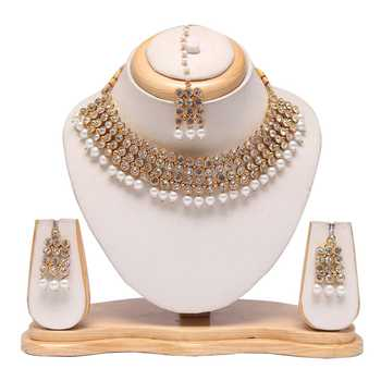 Beautiful white stone and pearl emebellished raani haar with earrings and maang tikka