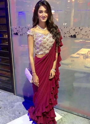 Maroon plain georgette saree with blouse
