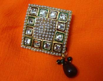 Gold Opal brooch