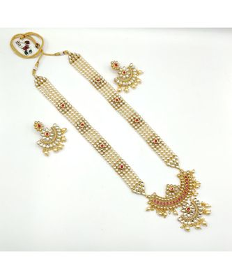 White Beaded Jewellery Necklace Sets