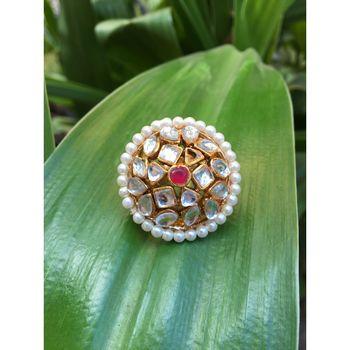 Adjustable kundan stone ring