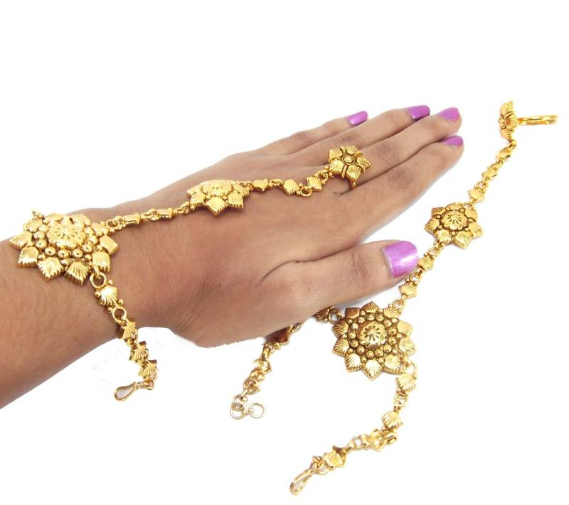 Gold Plated Slave Bracelet With Adjule Ring Hathphool