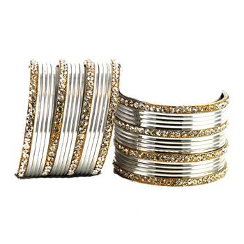 Pretty  Bangles Color-Silver