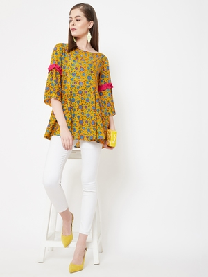 Yellow printed cotton cotton-tops