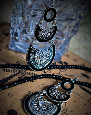 Party Wear Stylish Contemporary Fancy Latest Stylish AD Stone Black Dangler For Girls And Women