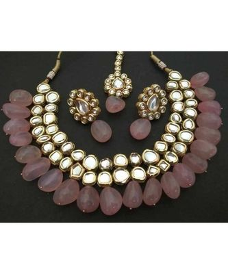 Pink Gold Tone Kundan Inspired Rose Quartz Necklace With Earrings Nad Maangtikka