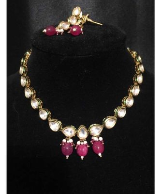 Gold Tone Kundan With Red Onyx Necklace Set