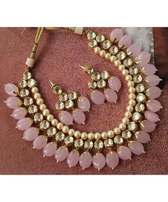 Gold Tone Kundan And Rose Quartz Necklace Set