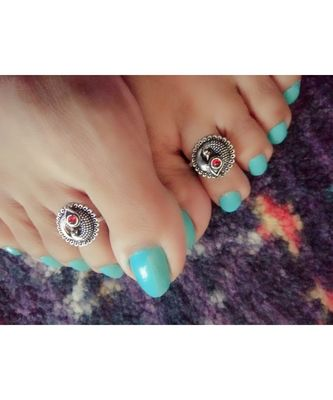 Red Stone Toe Ring