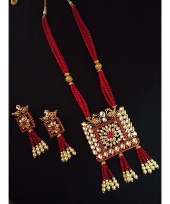 Ruby Designer Ethnic Peacock Premium Quality Square Kundan Pendent Necklace Set For Women