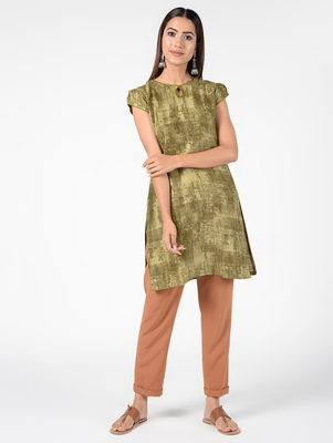 Green printed cotton poly short-kurtis