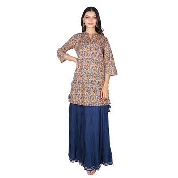 Women   s Peach & Blue Cotton Printed Mirror Work Kurti & Skirt,