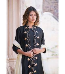 MONOCHROME GOTA CUTWORK SET