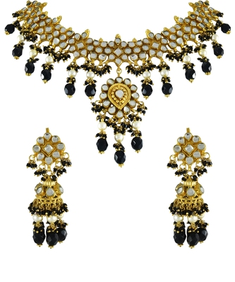 Gold Plated Black Pearl Beads Antique Pachi Kundan Polki Necklace Set