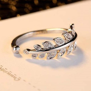 Valentine'S Special Adjustable Silver Plated Cz Ring For Women