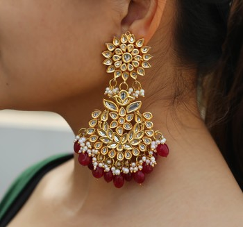 Red pearl chandbali