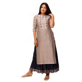 Women Grey Embroidered Double Layered Chanderi Long Kurta