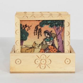 Handcraft Wodden Tea Coaster Cream Coloured Fine Work For Home Use