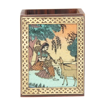 Handcraft Wodden Small Storage Box Brown Coloured Fine Work For Home Use