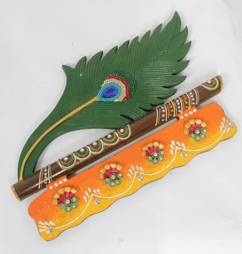 Handcraft Wooden Wall Shelf with Key Holder multicolored For Home Decor