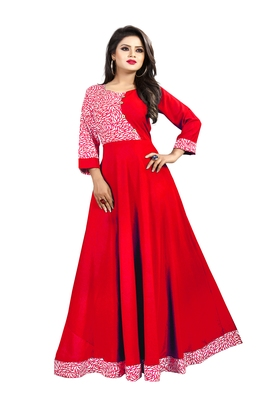 Red printed crepe maxi-dresses