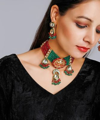 Kundan Neckpiece With Earrings