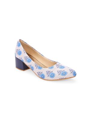 Women Ethnic Blue Sunflower Box Heels Shoes