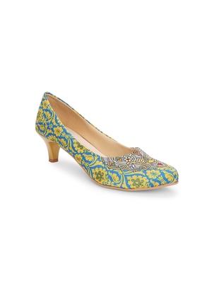 Women Ethnic Lemon Motif Kitten Heels Shoes